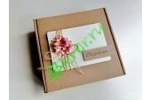 Подарочная коробка 18х18х6 см с декором Ромашки розовые, шт