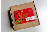 Подарочная коробка 18х18х6 см Звезды на красном, шт