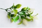Ветка зелени с шишками белая, шт