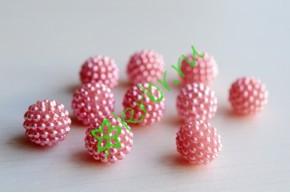 Бусины декоративные Малина розовые