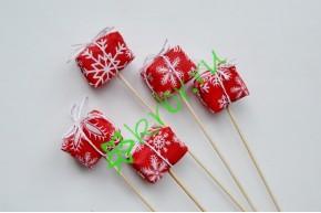 Вставка Подарочек снежинки на красном, шт
