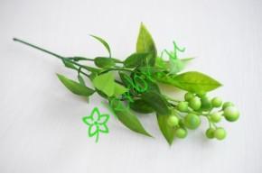 Ветка с ягодками Сабрина зеленая, шт