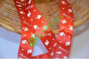 Лента атласная с рисунком LOVE красная, метр