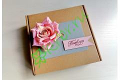 Подарочная коробка 18х18х6 см с декором Роза розовая, шт