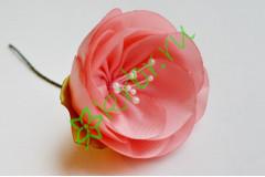 Камелия из атласной ленты розово-персиковая, шт.