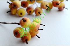 Яблочки в сахаре желтые