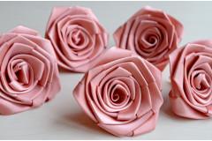 Роза из атласной ленты большая розовая пудра, шт.