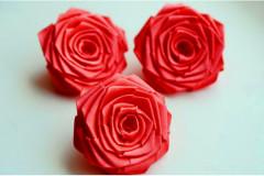 Роза из атласной ленты большая красная, шт.